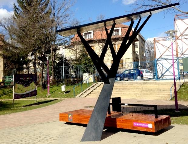 wifi solar tree in Timisoara